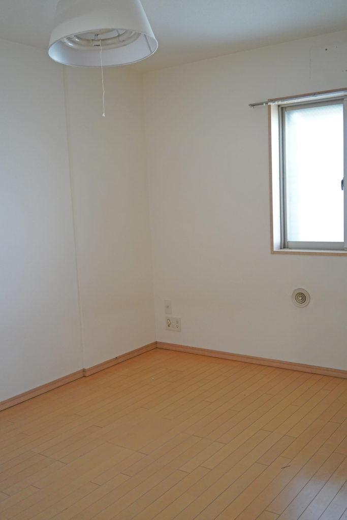 寝室として使用している洋室(1)
