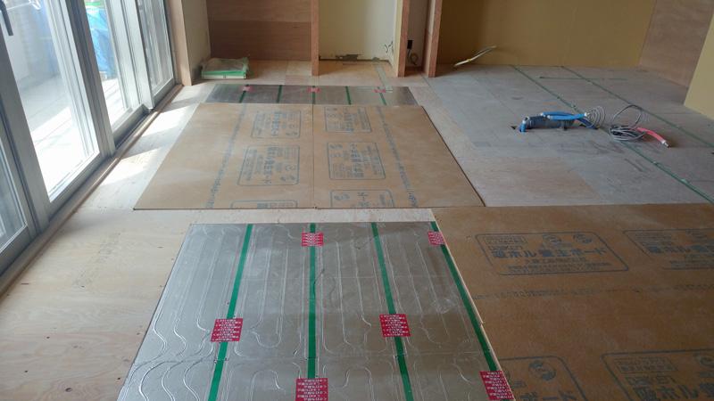 リノベーション後の床暖房