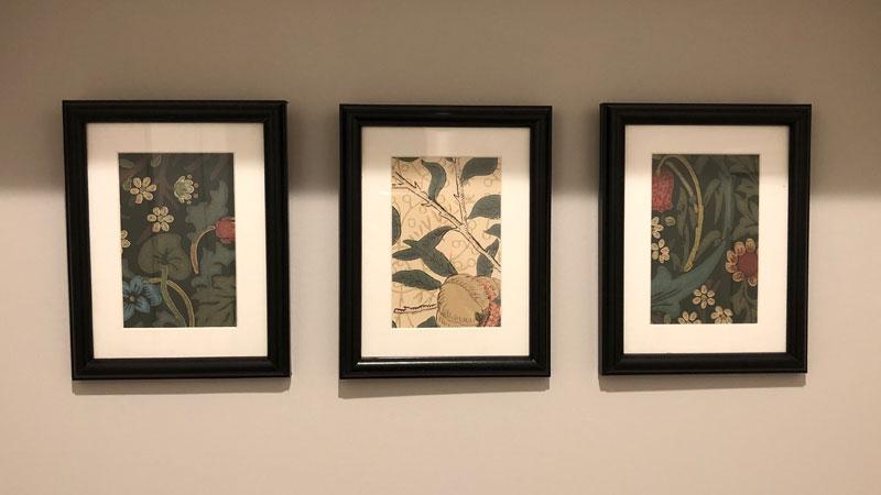 ウィリアムモリスの壁紙サンプルをフォトフレームに入れて飾ってみる