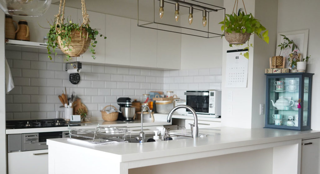 ペニンシュラ型キッチンのメリット・デメリット