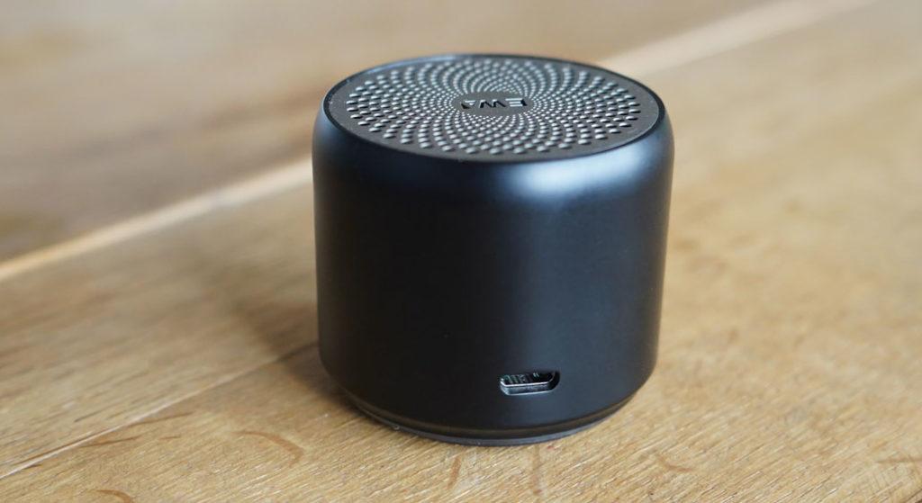 EWA A106 ポータブル ミニ ワイヤレス Bluetooth スピーカーのバッテリーの持ち時間